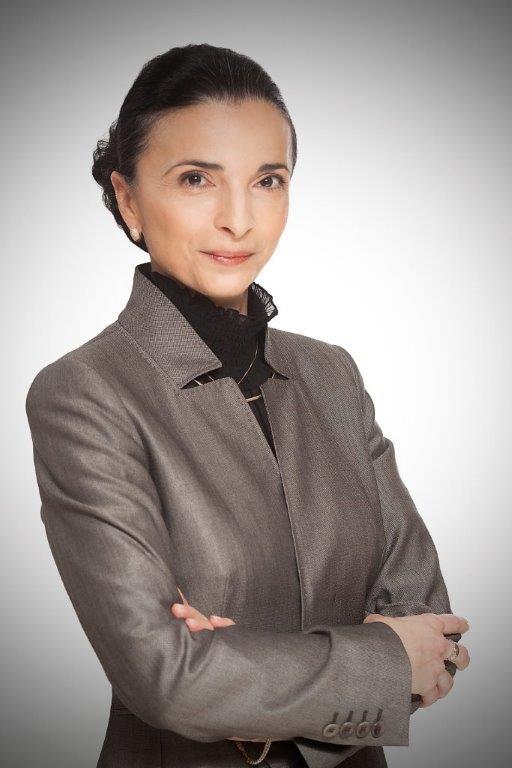 Nela Petrisor